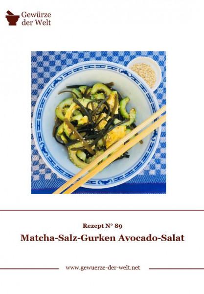 Rezeptkarte N°89 Matcha-Salz-Gurken Avocado-Salat